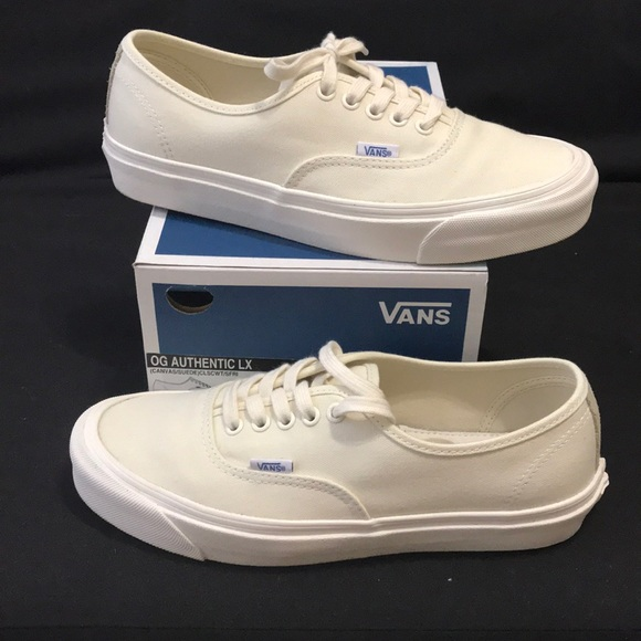 23a259741b Vans vault OG authentic LX cream men s sz 8.5. M 5b365e08aa87701491ed07d4